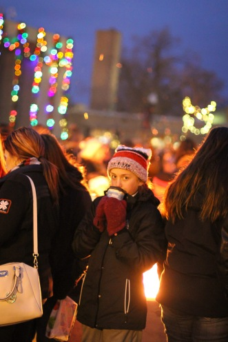 anoka-tree-lighting-blog-12