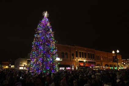 anoka-tree-lighting-blog-20