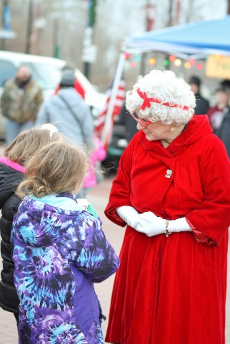 anoka-tree-lighting-blog-9